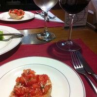Foto tirada no(a) Osteria da Silvano por Stael N. em 11/17/2012