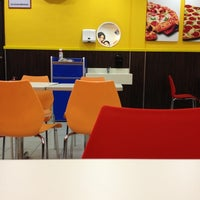 Photo taken at Domino's Pizza by L L. on 11/1/2012