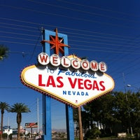 Photo taken at Welcome To Fabulous Las Vegas Sign by Gustavo on 10/20/2012