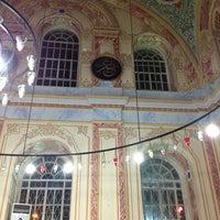 Foto diambil di Altunizade Camii oleh BOŞNAK pada 1/6/2013