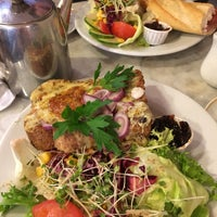 Photo taken at Madame Fromage by Sahra S. on 5/29/2017