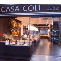 Foto tomada en CASA COLL Xarcuteria Artesana por CASA COLL Xarcuteria Artesana el 9/15/2013