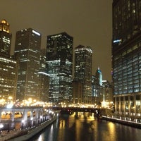Foto scattata a Chicago Riverwalk da Rodrigo A. il 12/19/2012