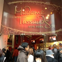 Photo taken at Madame Tussauds by Vinnie L. on 12/27/2012