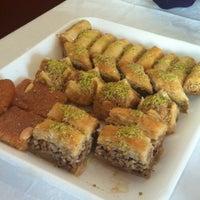 Foto tomada en Al Andalus por Isaura M. el 12/19/2012
