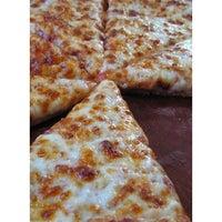 Foto tirada no(a) Super Pizza Pan por Guilherme P. em 7/16/2013