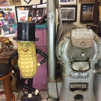 Photo taken at Peanut Shoppe by Beverly E. on 6/8/2015