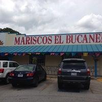 6/8/2013 tarihinde Carlos S.ziyaretçi tarafından El Bucanero'de çekilen fotoğraf