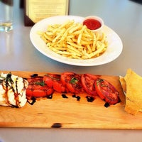 Photo taken at R&R Restaurant by iTana on 8/16/2014