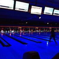 Photo taken at Zodo's Bowling & Beyond by Honglei L. on 11/17/2012