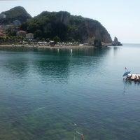 6/24/2013 tarihinde Sedaziyaretçi tarafından Canlı Balık Mustafa Amca'nın Yeri'de çekilen fotoğraf