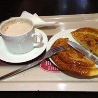 Photo taken at Brioche Dorée by Emy E. on 12/11/2012