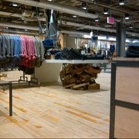 11/13/2012にAS S.がUrban Outfittersで撮った写真