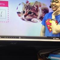 Photo taken at We by The Brain (โรงเรียนกวดวิชา วี บาย เดอะเบรน ) by Praew♡ ภ. on 3/25/2017