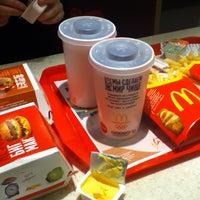Снимок сделан в McDonald's пользователем Georgy B. 1/8/2013