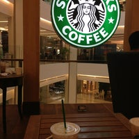 Photo taken at Starbucks by Nattakarn .. on 5/19/2013