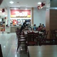 Foto tirada no(a) Shopping Avenida 28 por Delcarla R. em 12/6/2012