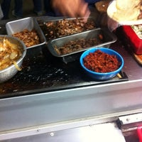 Photo taken at Tacos El Pariente by Ivan S. on 10/9/2013