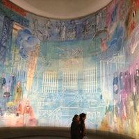Das Foto wurde bei Musée d'Art Moderne de Paris (MAM) von Alyona M. am 3/29/2013 aufgenommen