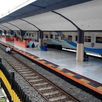 Photo taken at Stasiun Malang by Muhammad Umar A. on 2/12/2013