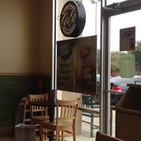 Photo taken at Tropical Smoothie Café by Mateo A. on 12/8/2012