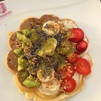 Foto diambil di Prinkipo Dondurma ve Waffle oleh Ezgi C. pada 3/24/2013