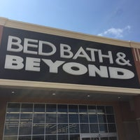 Photo taken at Bed Bath & Beyond by J michael S. on 9/15/2017