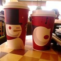 Foto tomada en Starbucks por Césaro R. el 11/6/2012
