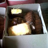 Photo taken at Singapura Bakery & Cake by Gabriella F. on 4/20/2013