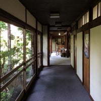 Photo taken at 亀清旅館 by Tomomi N. on 8/9/2015