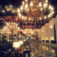 Photo taken at Manila Hotel by Choi Y. on 8/19/2013