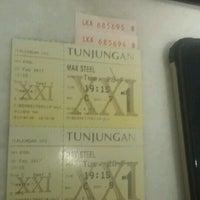 Photo taken at Tunjungan XXI by Aditya Pinkawastu P. on 3/1/2017