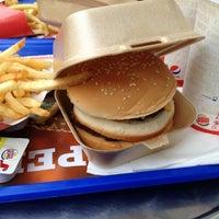 Photo prise au Burger King par Sercan D. le11/11/2012