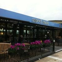 12/22/2012 tarihinde Burcu S.ziyaretçi tarafından Caffè Nero'de çekilen fotoğraf