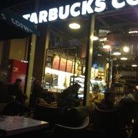 11/10/2012 tarihinde Damla Ç.ziyaretçi tarafından Starbucks'de çekilen fotoğraf