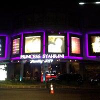 Photo taken at Paskal Hyper Square by Dina N. on 7/28/2015