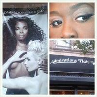 11/15/2012 tarihinde Elle D.ziyaretçi tarafından Admirations Hair It Iz'de çekilen fotoğraf