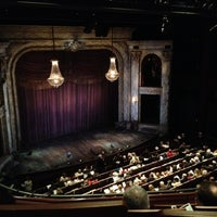 Foto scattata a Shakespeare Theatre Company - Harman Hall da Marshall D. il 11/24/2012
