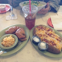 Photo taken at McAlister's Deli by Sean S. on 11/13/2012