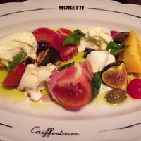Photo taken at Pizzeria Moretti by Angel R. on 9/4/2017