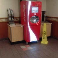 Photo taken at Wendy's by Daniel G. on 10/2/2013