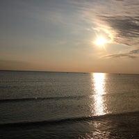 Снимок сделан в Ягринский пляж пользователем Rezeda 6/28/2013