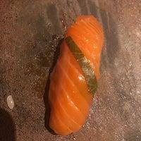 5/5/2018 tarihinde Jen H.ziyaretçi tarafından Sushi By Bae'de çekilen fotoğraf