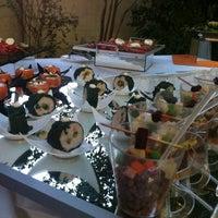 Photo taken at Ecole - Escuela Culinaria Francesa by Felipe G. on 12/11/2013