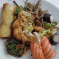 Foto tirada no(a) Sukiyaki por Rebeca D. em 8/1/2014