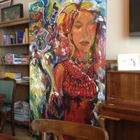 3/16/2013 tarihinde Gülsün B.ziyaretçi tarafından Cafe&Shop'de çekilen fotoğraf