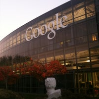 Photo taken at Googleplex - 900 by Stefan E. on 10/28/2012
