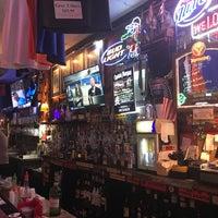 7/21/2017 tarihinde Lauren B.ziyaretçi tarafından Salty Dog Saloon'de çekilen fotoğraf