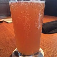 Photo prise au BJ's Restaurant & Brewhouse par Sandi D. le11/11/2017