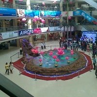 Photo taken at Express Avenue by Vignesh W. on 11/12/2012
